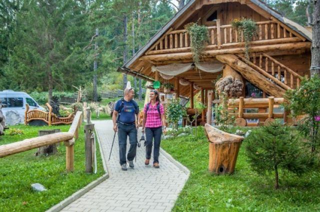 Новый вид туристических домиков пользуется в стране большим спросом. Ждем, когда и в округе появится что-то подобное