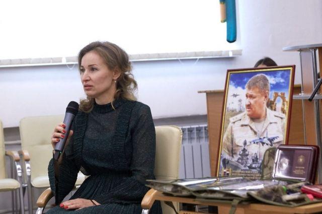 В мероприятии приняла участие вдова героя Ольга Асапова.