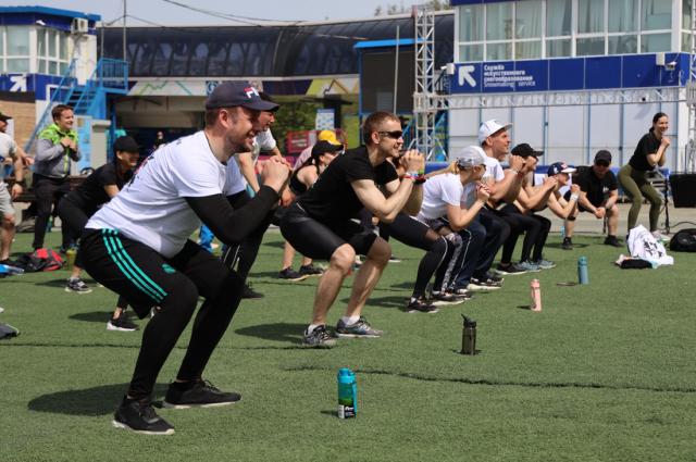 Такие тренировки проводятся третий год подряд, они полюбились сахалинцам и стали традиционными.