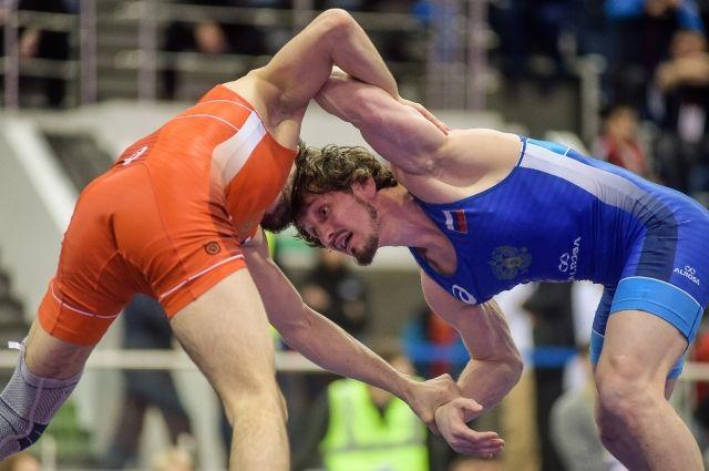Участие в турнире примут около 350 спортсменов из 10 стран