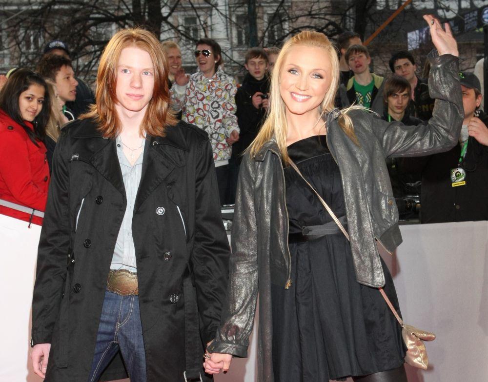 Кристина Орбакайте с сыном Никитой Пресняковым, 2008 год