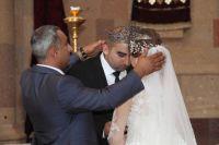 Существует 77 вариантов армянских свадебных обрядов.
