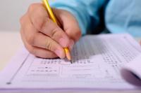 Во время сдачи экзаменов школьники часто испытывают большой стресс