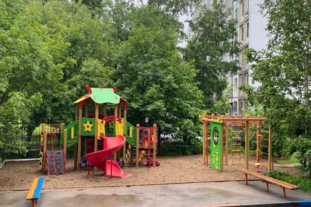УК «ДВ-Союз» выиграла в конкурсе на получение муниципального гранта в области «Благоустройство», предусматривающий устройство детских площадок...