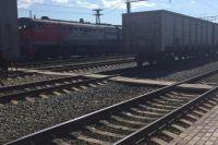 В Медногорске товарный поезд сбил насмерть женщину в наушниках.