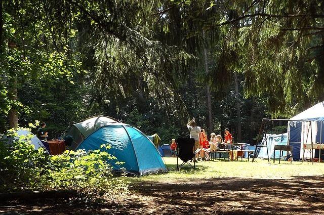 В летних детских лагерях отдохнут 15 тысяч юных смолян.