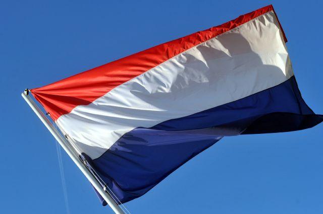 Путин подписал закон, расторгающий налоговое соглашение с Нидерландами
