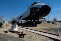 Многоразовый космический корабль «Буран» (изделие 1.02— второй лётный корабль 11Ф35 первой серии, подготовленный ккосмическому полету в1992году) вмузее истории космодрома «Байконур» наплощадке №2.
