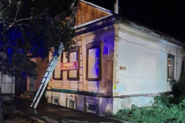 В региональном МЧС назвали причину смертельного пожара в Оренбурге.