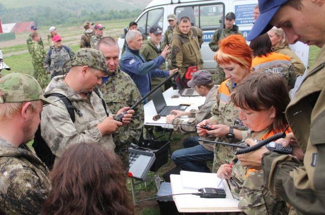 Все добровольцы пришли в отряд поисковиков по-разному. Кто-то терял своих родственников, участвовал в поисках и остался.