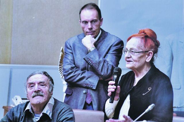 Оренбургский краевед Роза Чубарева с коллегами.