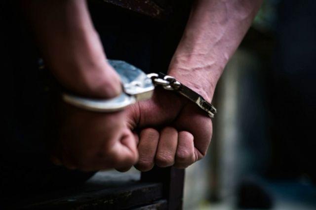 Шесть местных жителей украли и сдали в металлолом теплообменник с тепловоза.