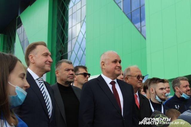 Игорь Шувалов посетил открытие ледового дворца «Кузбасс» 20 мая.