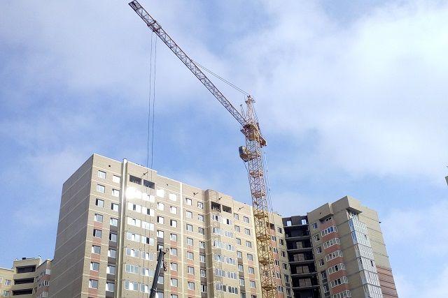 В Оренбурге жители новых микрорайонов остались без школ и детских садов.