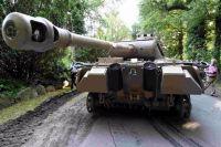 В Германии мужчина хранил в подвале зенитную установку и нацистский танк
