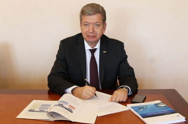Ректор МГТУ гражданской авиации Борис Елисеев.