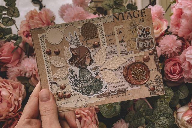 Ольга предпочитает не покупать открытки, а создавать их.