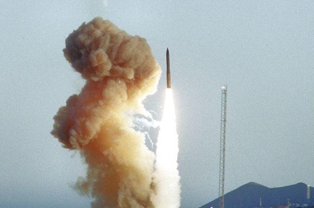 Пуск ракеты LGM-30G Minuteman III 8 июня 1994 года.
