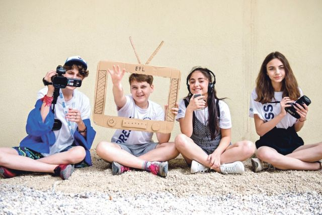 В школе телевидения дети учатся верить в себя и раскрывать свои таланты.