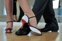 Оренбургские танцоры поддержали флешмобом пару слепых детей, чей танец не пропустили для участия в конкурсе.