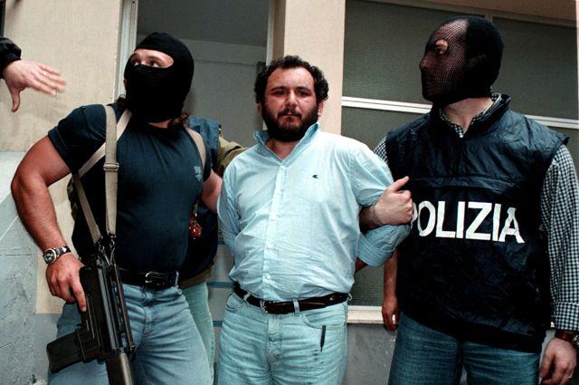 Джовани Бруска в 1996 году.