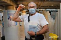 В Оренбуржье от коронавируса вакцинировались уже более 238 тысяч человек.