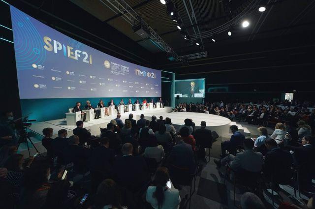 Антон Алиханов предложил ввести институт цифровой репутации бизнеса