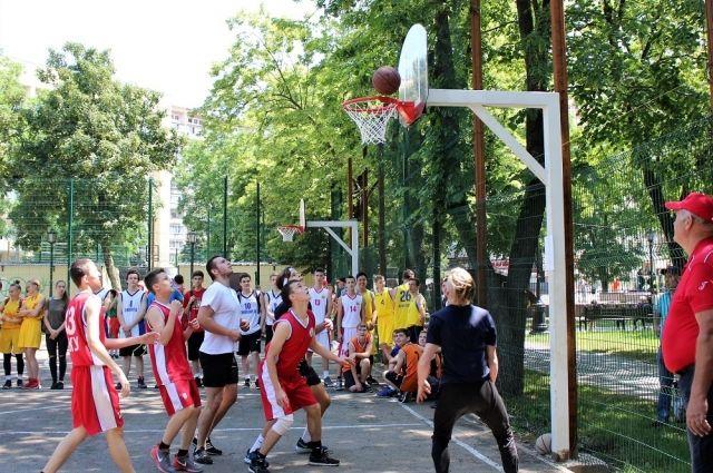 В Калининграде собираются открыть академию баскетбола
