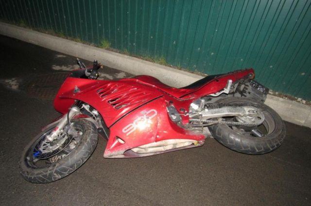 В аварии пострадали оба мотоциклиста