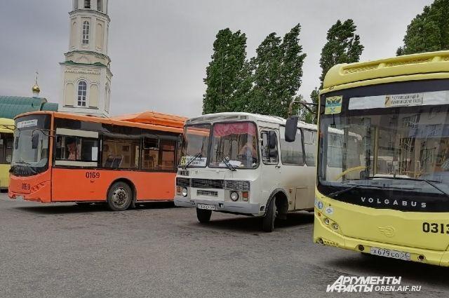 В Оренбурге подвижной состав будут менять в течение трех лет.
