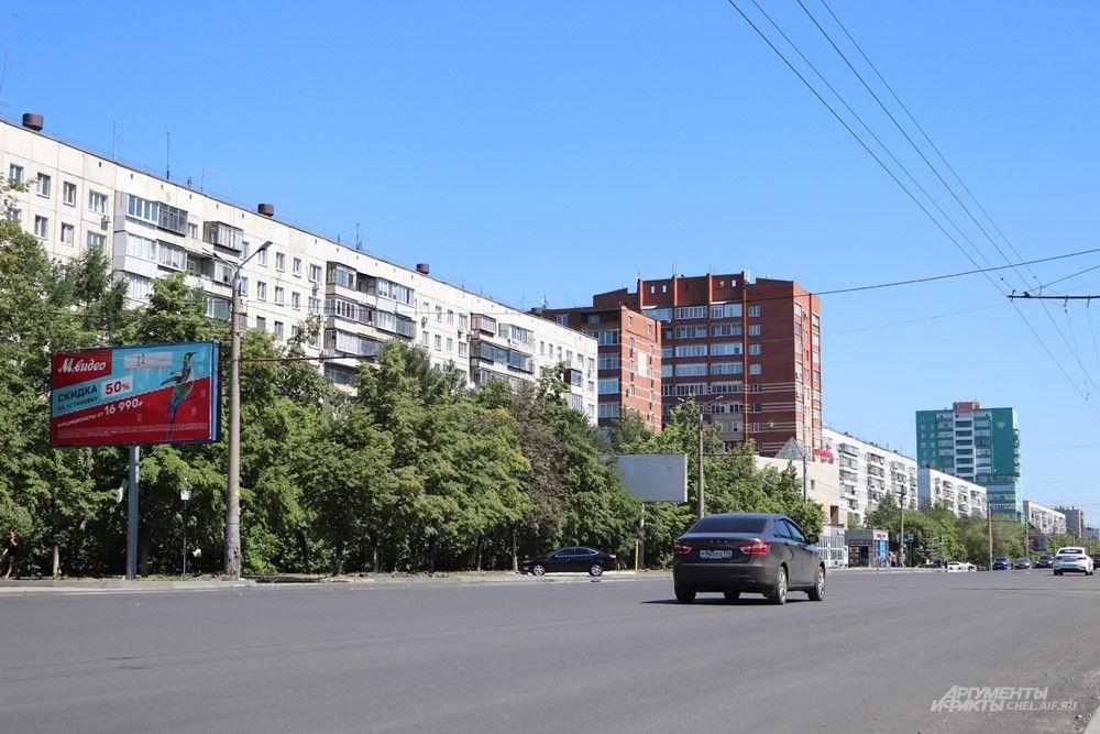 Ремонт идёт на двух участках - от Чичерина до Чайковского и от Свердловского проспекта до Каслинской.