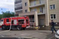 Срочно была организована эвакуация жителей с верхних этажей – с 18 по 24-й.