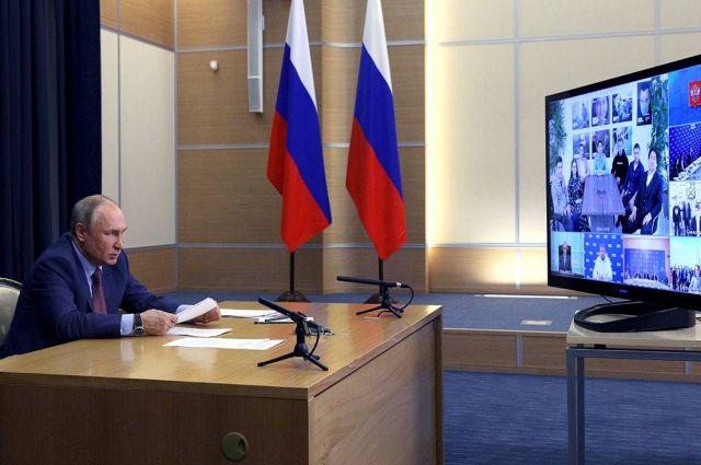 Владимир Путин отметил серьезное обновление списка кандидатов в Думу от «Единой России».