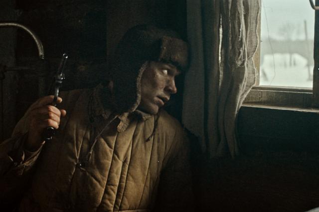Кадр из фильма «Красный призрак».