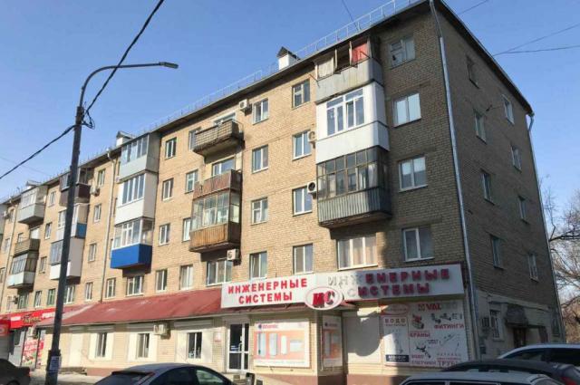Нарушения лицензии выявлены в содержании внутридомовой системы вентиляции и дымоудаления многоэтажного дома №251 на улице Пролетарской.