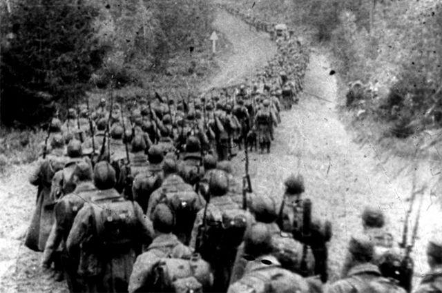 Польский поход РККА. Советские войска пересекают границу Польши, 1939 г.