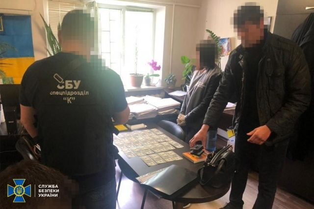 В Днепре правоохранители поймали местного судью на взятке
