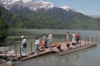 О вале туристов можно судить по статистике посещаемости в самую, пожалуй, знаменитую достопримечательность  Абхазии – Рицинский национальный реликтовый парк.