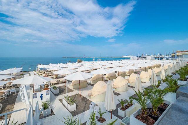Пляжи Сочи всегда отличались чистотой и комфортом как для местных жителей, так и для гостей курорта.