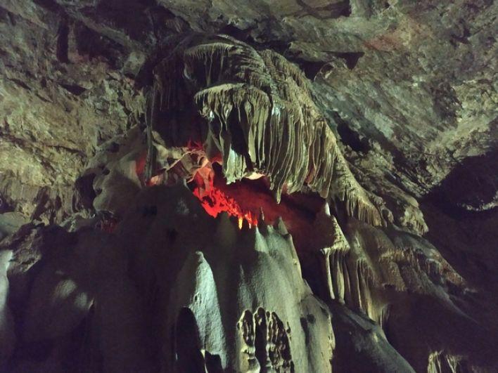 В Новоафонской пещере.