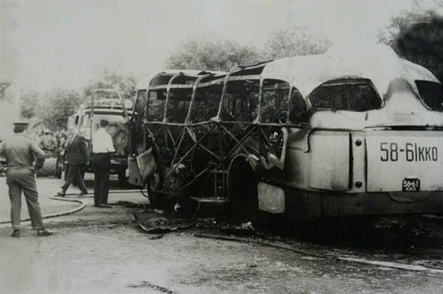 Взорванный в Краснодаре автобус.
