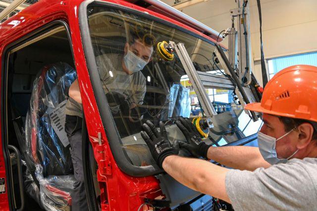 На экономическом форуме подписаны новые соглашения, которые позволят увеличить производство автокластера.