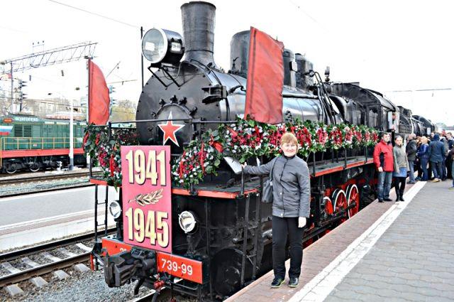 Поезд будет стоять на первом пути пятой платформы Красноярского ЖД вокзала.