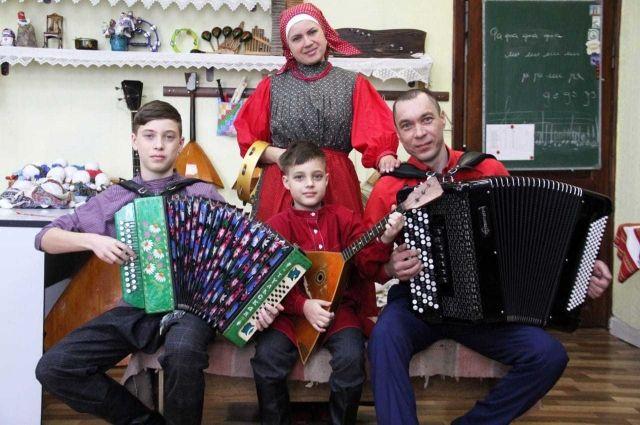 Пять семей будут представлять край на финале в Москве.