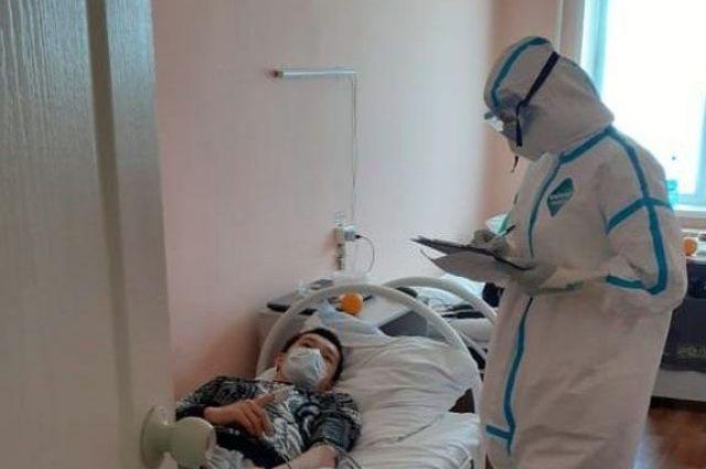 Сейчас в регионе развернуто почти 1700 коек для пациентов с коронавирусом..