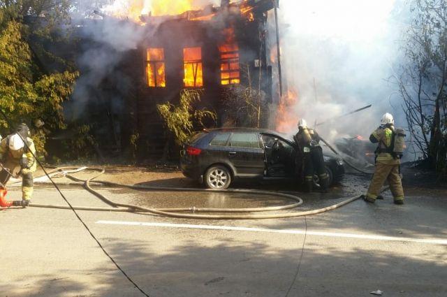 Пожар на улице Пастухова в Ижевске.