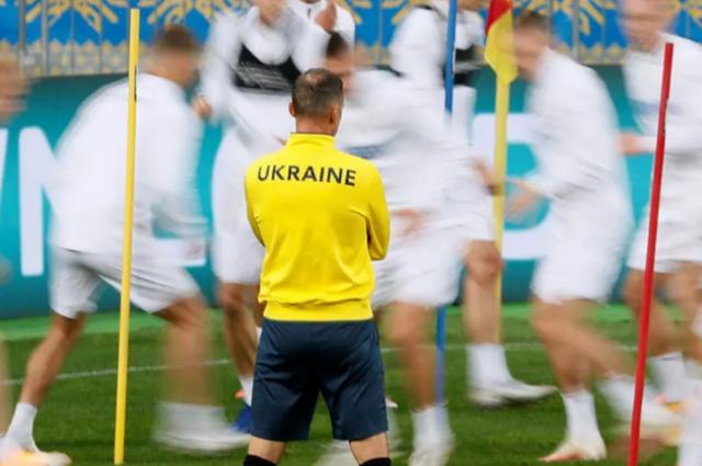 Нидерланды - Украина в Евро-2020: когда и где смотреть матч