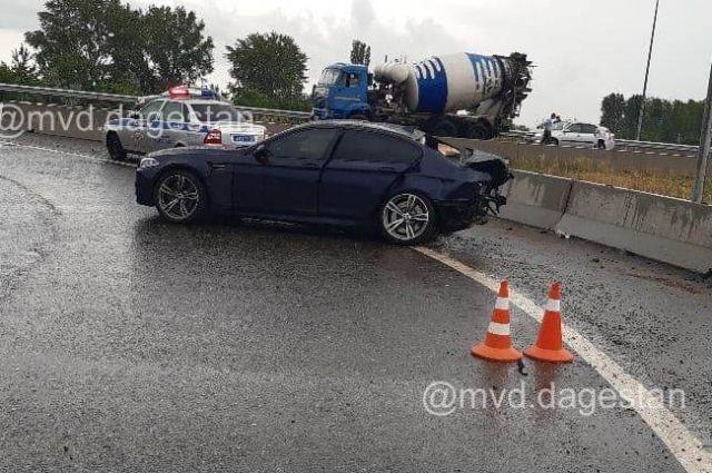 31-летний водитель иномарки погиб на месте.