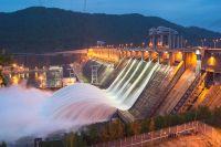Сброс с Красноярской ГЭС составляет 6950 кубометров в секунду.