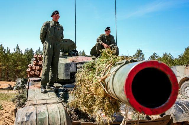 Бряцание оружием, шпионаж, провокации. Каков фон для переговоров в Женеве